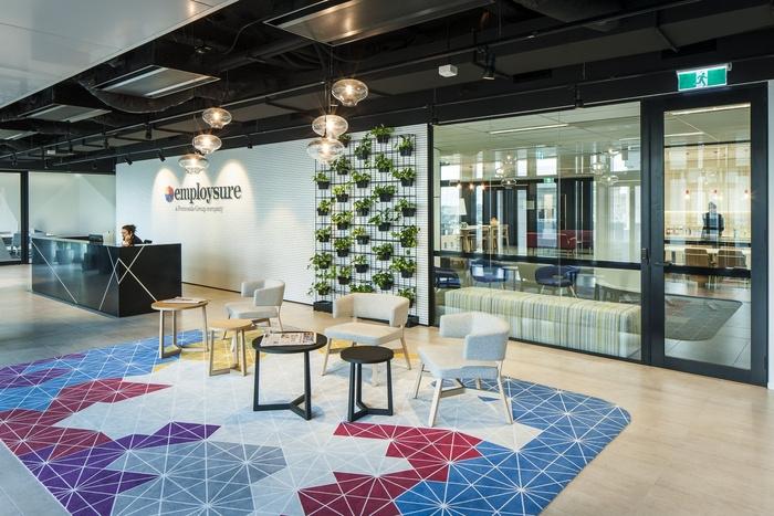 Thiết kế văn phòng đẹp và sang như của Employsure